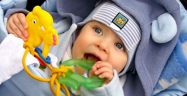 BabyTeething_DT_8562555.jpg