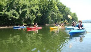 1-Kayak on TN.JPG