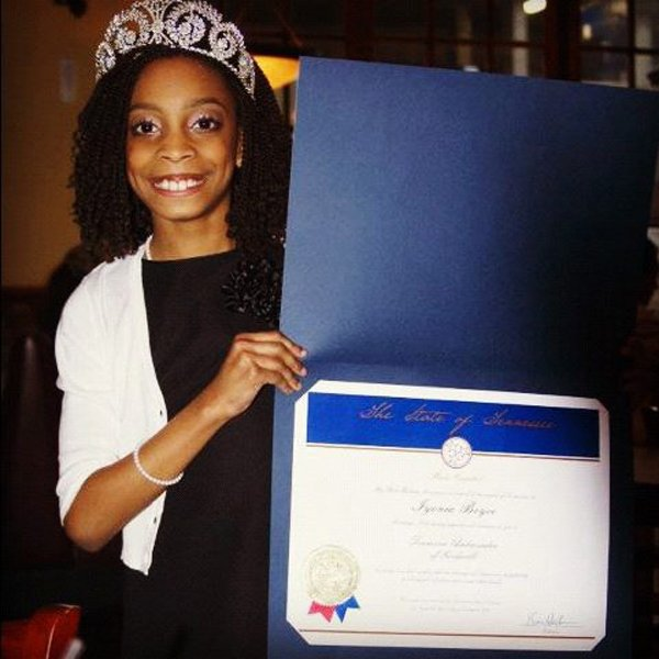 Iyonia won the Miss Tennessee Pre-Teen 2011 title.