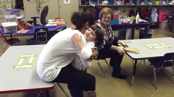 """Program Director Jessica Carnell plays """"What's Missing"""" with Halo Students in preparation for kindergarden."""