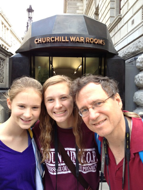 Eric and girls outside Churchill War Rooms
