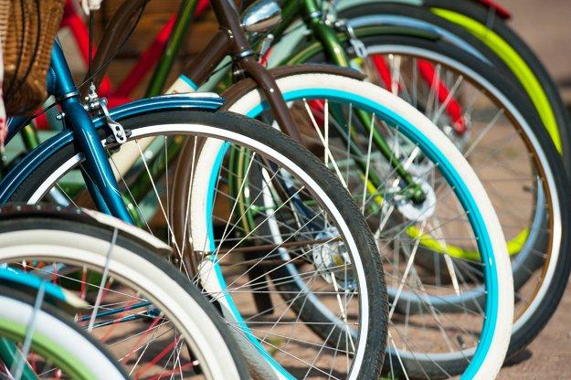 aroundtown_callingallbikelovers_31745141.jpg