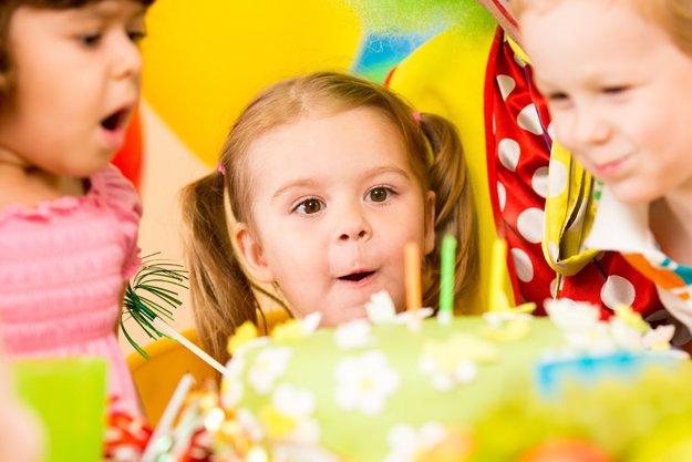 party_i1_27424196.jpg