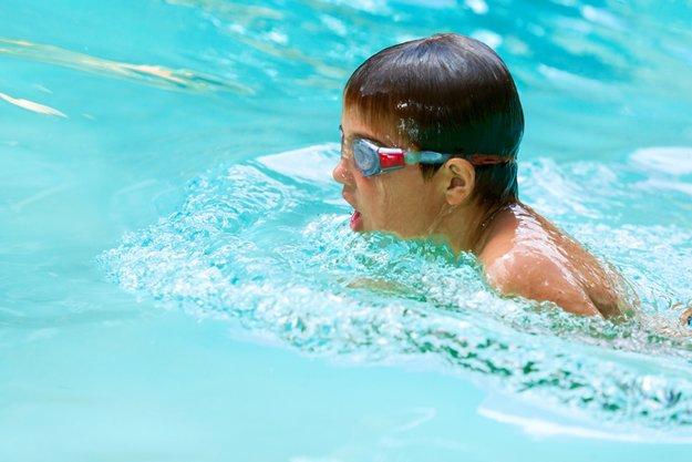poolschool_37782347.jpg