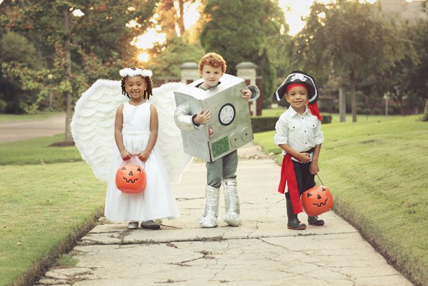 FrightfullyFun_i1_Angel_Robot_Pirate.jpg