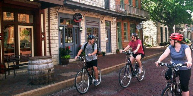 GreatEscapeStLouis_BikingStCharles.jpg