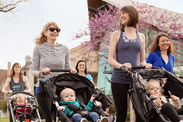 Building Community for New Moms in Memphis